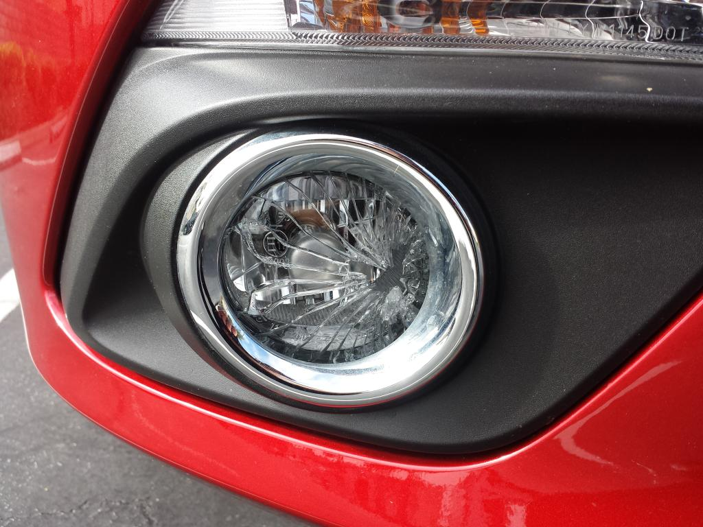 klaim asuransi untuk lampu mobil